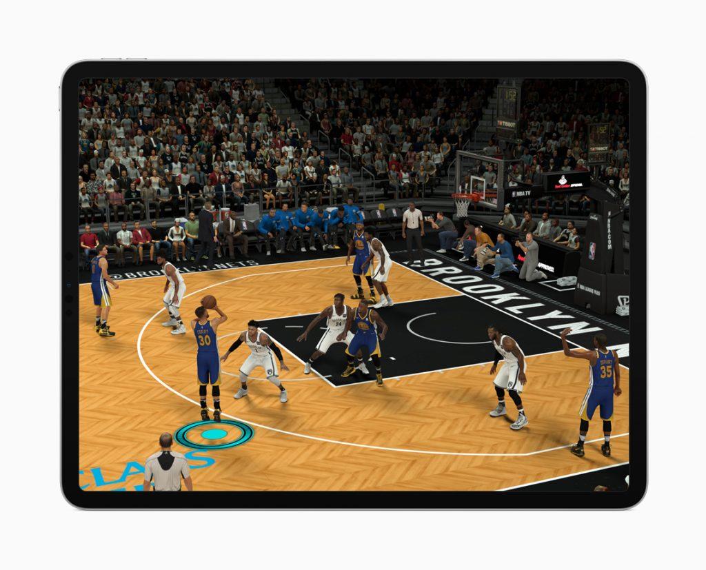Ein iPad Pro 2018 mit darauf laufenden Spiel.